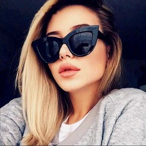 Accessories - Womens Matt black sunglasses 🕶   Cat eye  eyewear